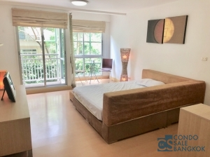Sell with Tenants at Sukhumvit 38, 1 Bedroom 33 sqm. Walking distance to BTS Thonglor.